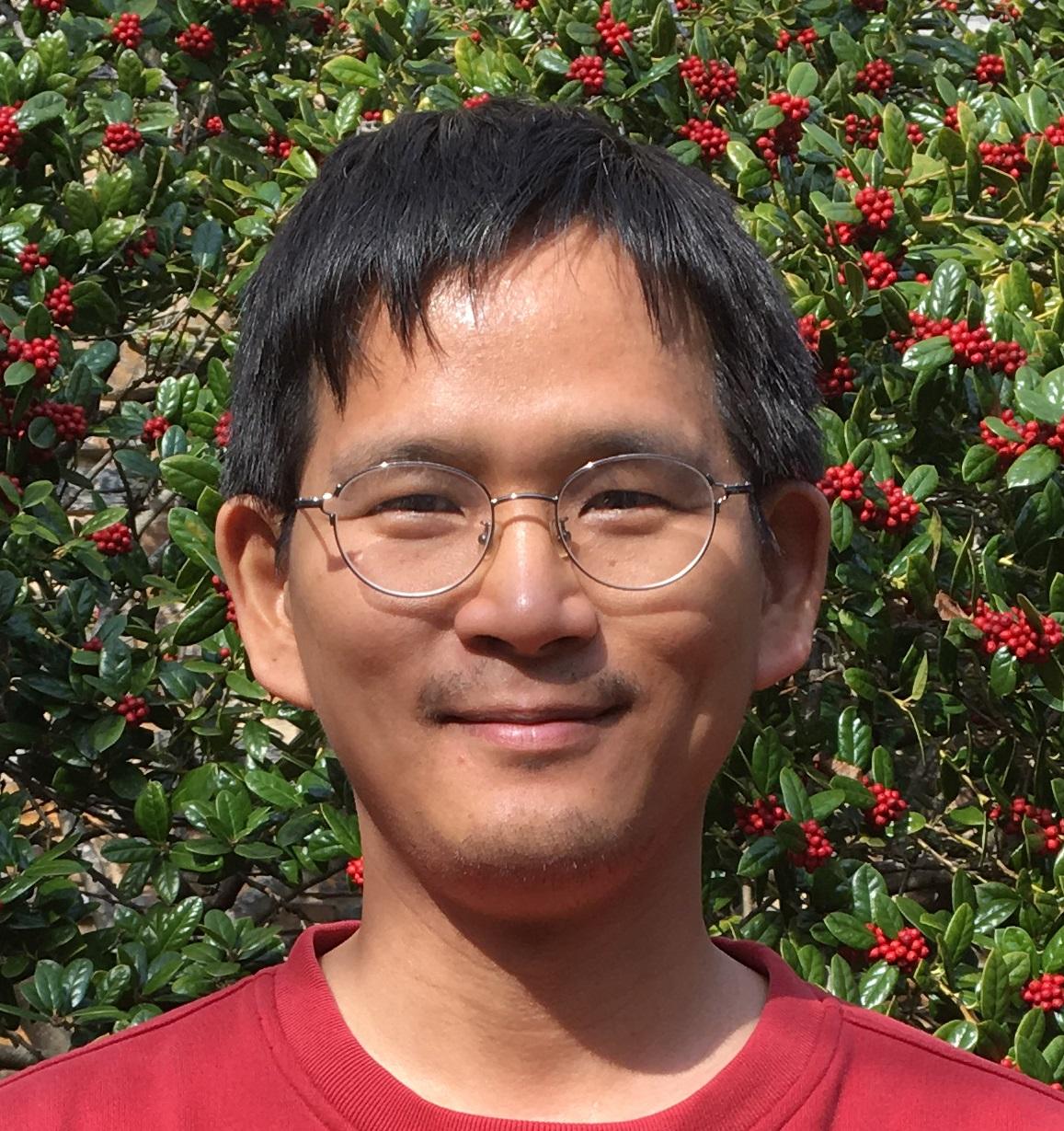 Headshot of Junsu Kang