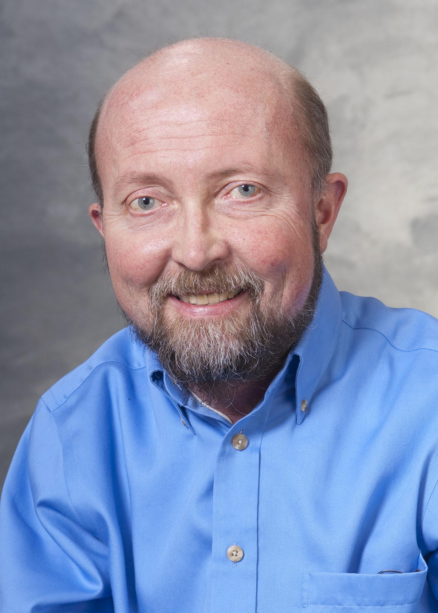 Headshot of Gary Lyons